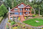 Quality-Built View Home, Wheel Chair Accessible Near Gig Harbor WA
