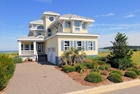 Fabulous Beach Home In Mint Condition