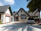 Cayman Kai, Beachfront Home