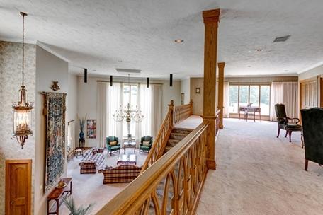 Luxury Homes Details For 10785 Rockwood Dr Cleveland