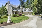 Superb Craftsman With Territorial Views